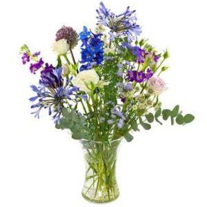 plukboeket in blauw en wit en paars